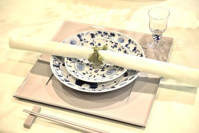 ナプキンの使い方を学んで、食事のマナーを向上させよう!