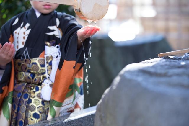 【七五三】5歳の袴は家族で着せたい!着付け方をご紹介!
