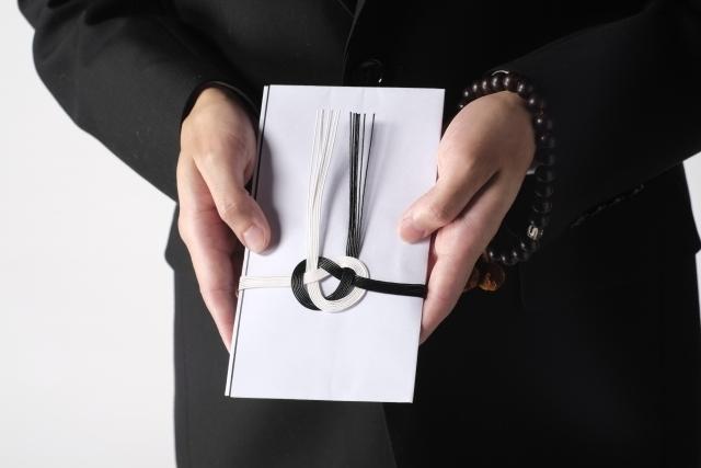 必見!御仏前の封筒に入れるお札の入れ方はココがポイント!