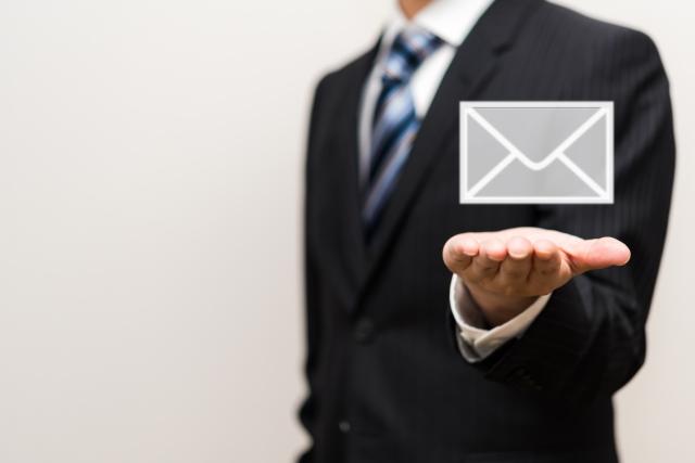 ビジネスメールのマナーを知っておこう!例文をご紹介