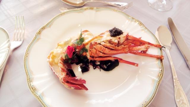 オマール海老の食べ方とは?頭に入れておきたい洋食マナー