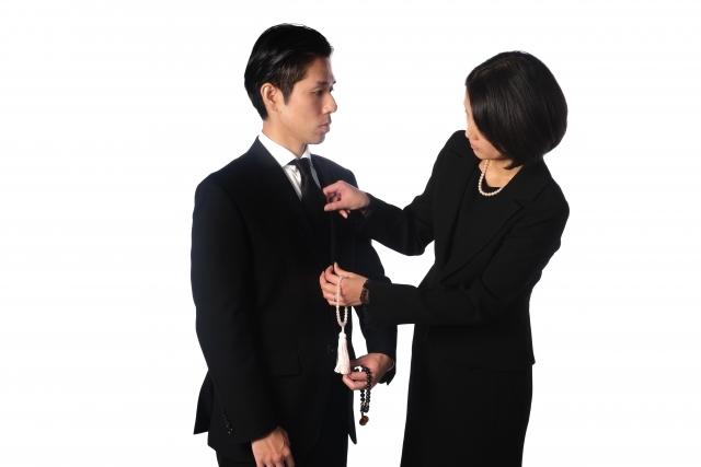 礼服と喪服の違いは?安い値段で礼服を購入したい!