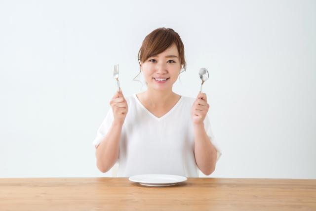 食事中の姿勢も大切!おさえておきたい食事のマナー