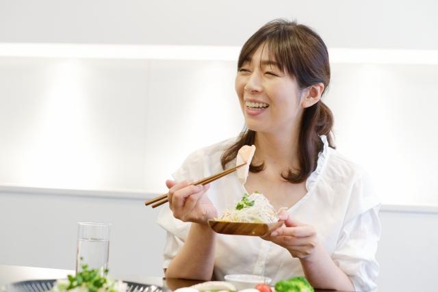 ご飯の食べ方で印象が変わる?最低限のマナーを知っておこう