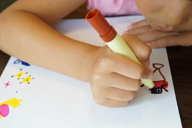 4歳の誕生日プレゼントに知育玩具を選ぶなら!おすすめは?