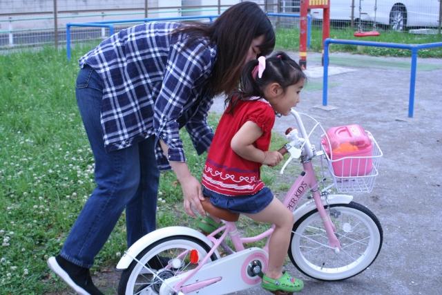 5歳の誕生日プレゼントに自転車はいかが?選び方のポイント