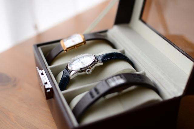 就職祝いに何を贈る?女性に贈りたい素敵な腕時計をご紹介