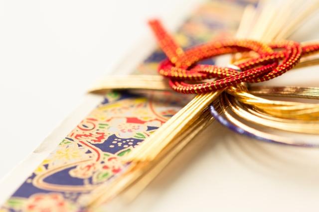 餞別を渡したい!熨斗袋や封筒はかわいいデザインがおすすめ