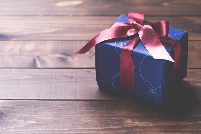 【プレゼント特集!】1000円程度で男性に贈るおすすめ8選!