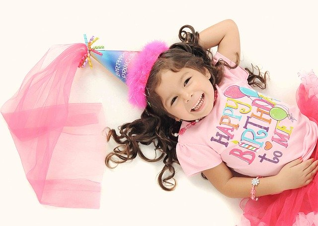 子供の誕生日プレゼントは何を贈る?6歳児が喜ぶ贈り物は?