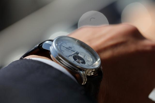 就職祝いにおすすめの腕時計!メンズの定番ブランドをご紹介